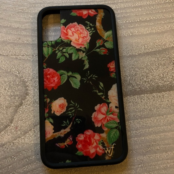 4fb91e1acf39 Wildflower Cases Black Floral iPhone X Case. M_5ab4586305f4307f354f1d96